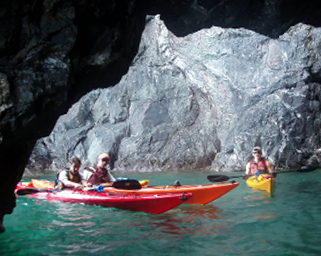 sea kayaking caverns